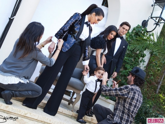 Kardashian-Christmas-Card-Kim-Kourtney-Scott-Mason-Monica-580x435