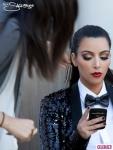 Kardashian-Christmas-Card-Kim-Monica-Phone-435x580