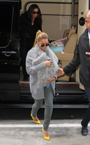 Beyonce-and-Baby-Blue-New-York-Manhattan