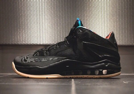 nike-lebron-11-low-black-gum