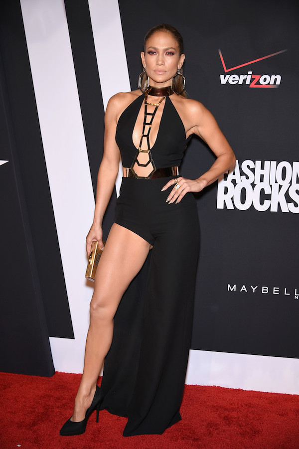 Jennifer+Lopez+Three+Lions+Entertainment+Presents+-H8QeWQeXm5x-versace-copy