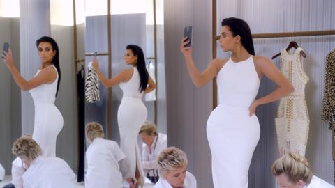 kim-kardashian-t-mobile