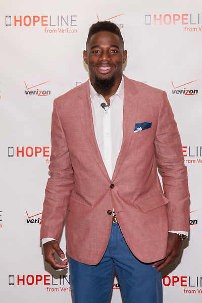 NEW YORK, April 29, 2015 - Professional football player William Gay joined Verizon's HopeLine program today to take action against domestic violence. Together they announced a goal of collecting 1 million phones by the end of this year to support victims of domestic violence. Visit www.verizon.com/about/hopeline to learn more.  Insider Images/Andrew Kelly (UNITED STATES)