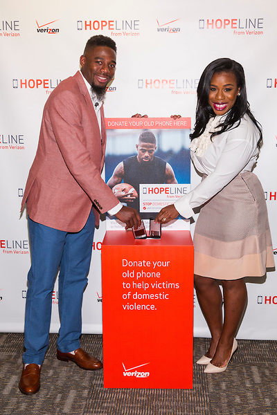 NEW YORK, April 29, 2015 - Professional football player William Gay and award-winning actress Uzo Aduba joined Verizon's HopeLine program today to take action against domestic violence. Together they announced a goal of collecting 1 million phones this year to support victims of domestic violence. Visit www.verizon.com/about/hopeline to learn more. Insider Images/Andrew Kelly (UNITED STATES)