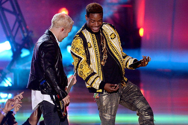 mtv-movie-awards-2015-fetty-wap-pete-wentz-performance