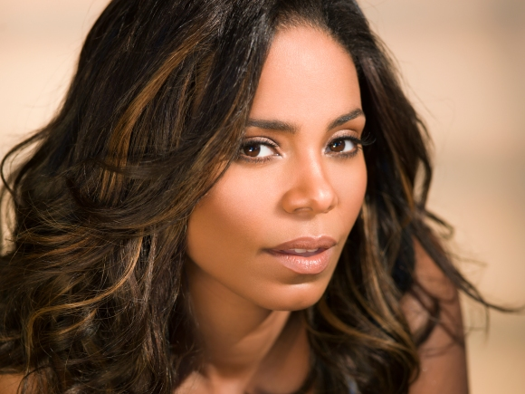 Sanaa Lathan To Star in and Executive Produce Flyy Girl