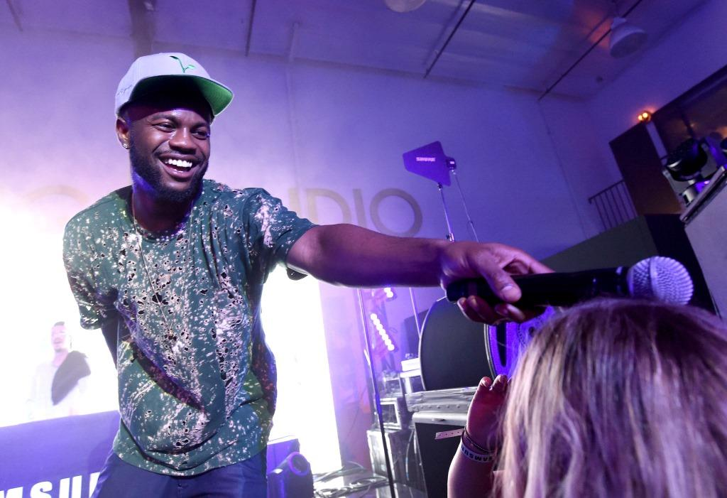Casey Veggies took the stage and commanded the crowd.
