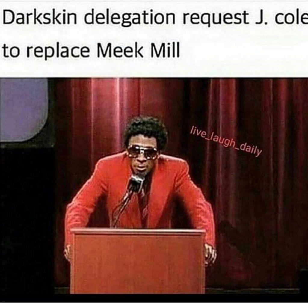 Drake disses Meek Mill At OVOfest.