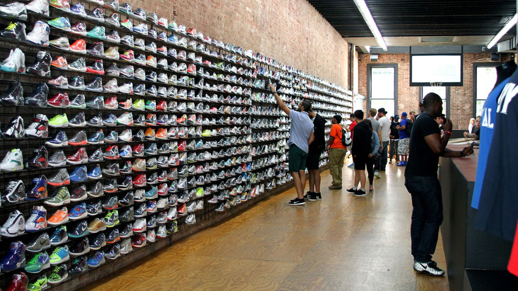 footwear-news-10-best-sneaker-shops-flight-club-new-york