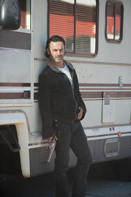 the-walking-dead-episode-611-rick-lincoln-935