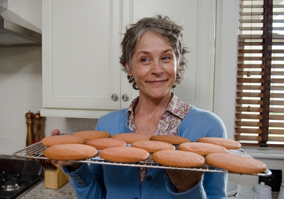 the-walking-dead-episode-612-carol-mcbride-3-935