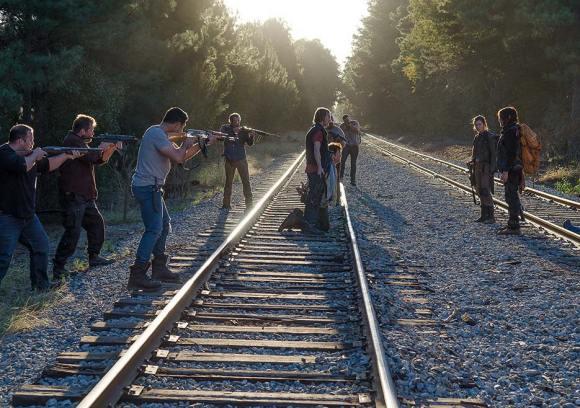 the-walking-dead-episode-614-daryl-reedus-4-935