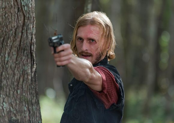 the-walking-dead-episode-615-dwight-amelio-935
