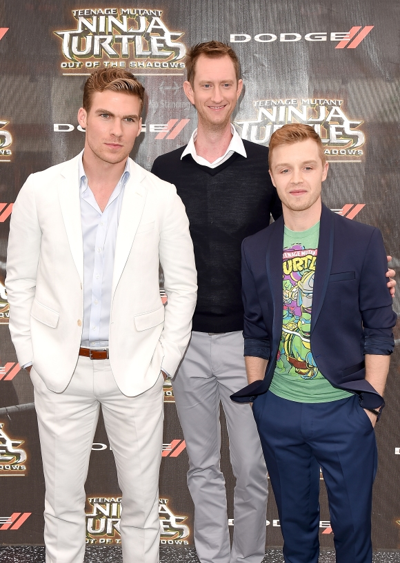 (L-R) Pete Ploszek, Jeremy Howard and Noel Fisher attend the New York Premiere of the Paramount Pictures title ìTeenage Mutant Ninja Turtles: Out of the Shadowsî, on May 22, 2016 at Madison Square Garden in New York City, New York.
