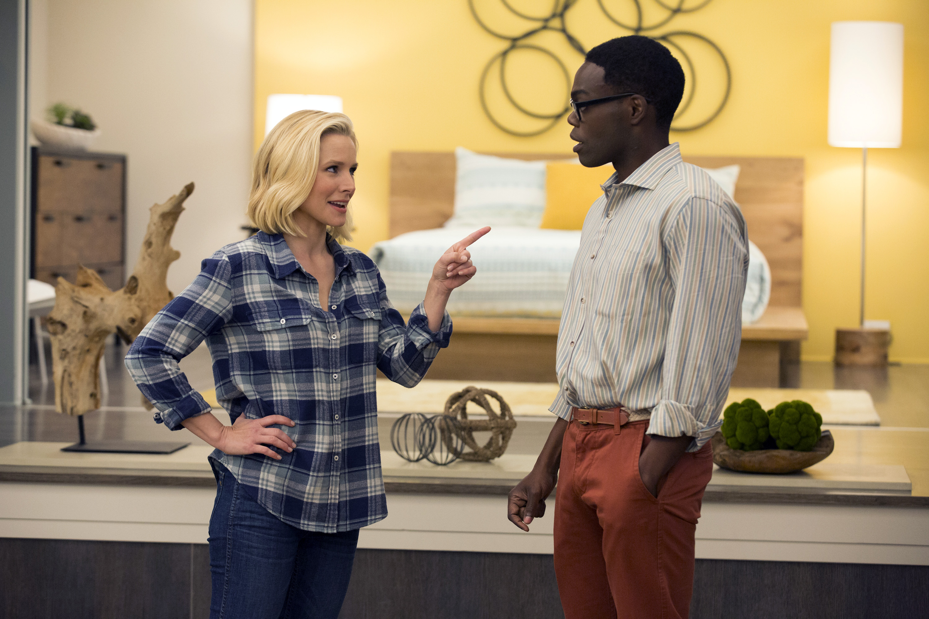 "THE GOOD PLACE -- ""Everything Is Fine"" Episode 101-- Pictured: (l-r) Kristen Bell as Eleanor, William Jackson Harper as Chidi -- (Photo by: Justin Lubin/NBC)"