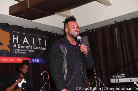 vashawn-mitchell-smiles-at-mic