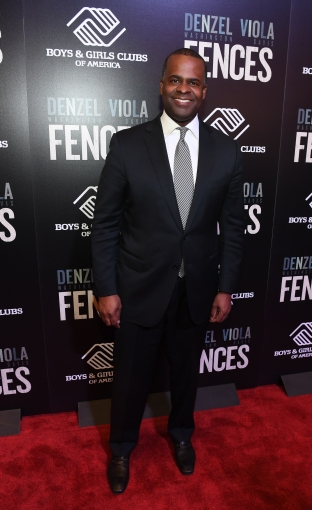Atlanta mayor Kasim Reed attends Fences Atlanta Screening